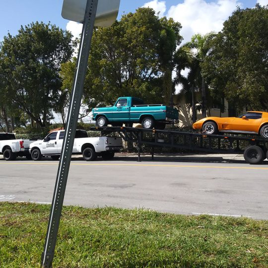 https://fast-cartransport.com/wp-content/uploads/2020/05/classic-car-transport-miami-atlanta-540x540.jpg