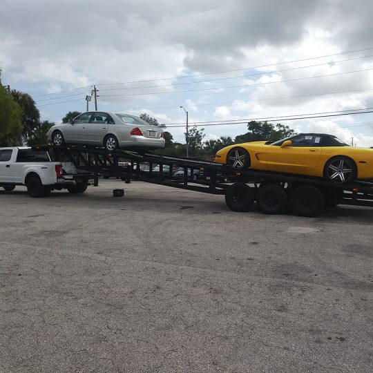 https://fast-cartransport.com/wp-content/uploads/2020/05/luxury-car-transporters-miami-atlanta-540x540.jpg